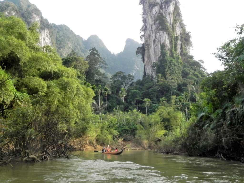 khao sok kayaking