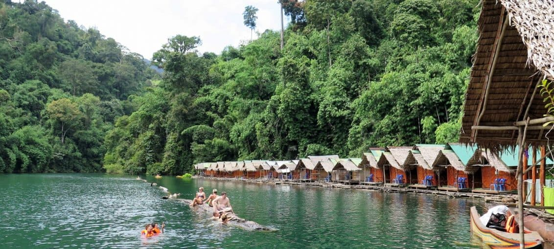 khao sok raft houses