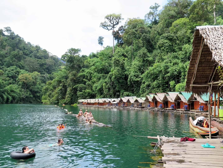khao sok raft houses