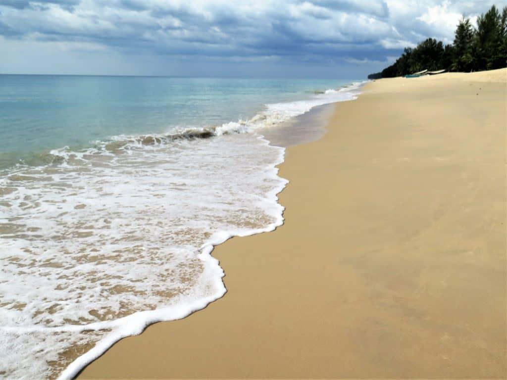 thai muang beach