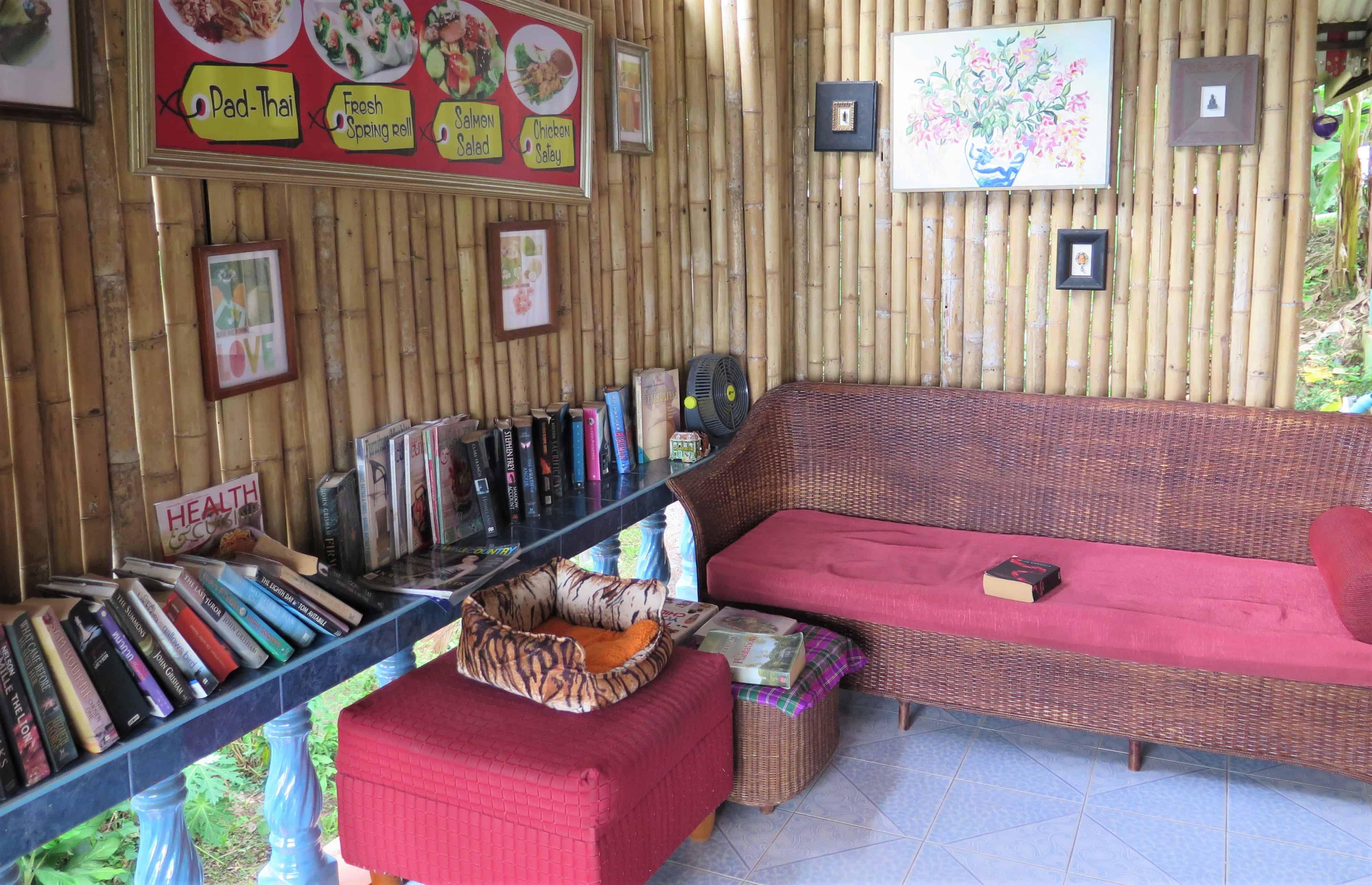 phuket used bookshops