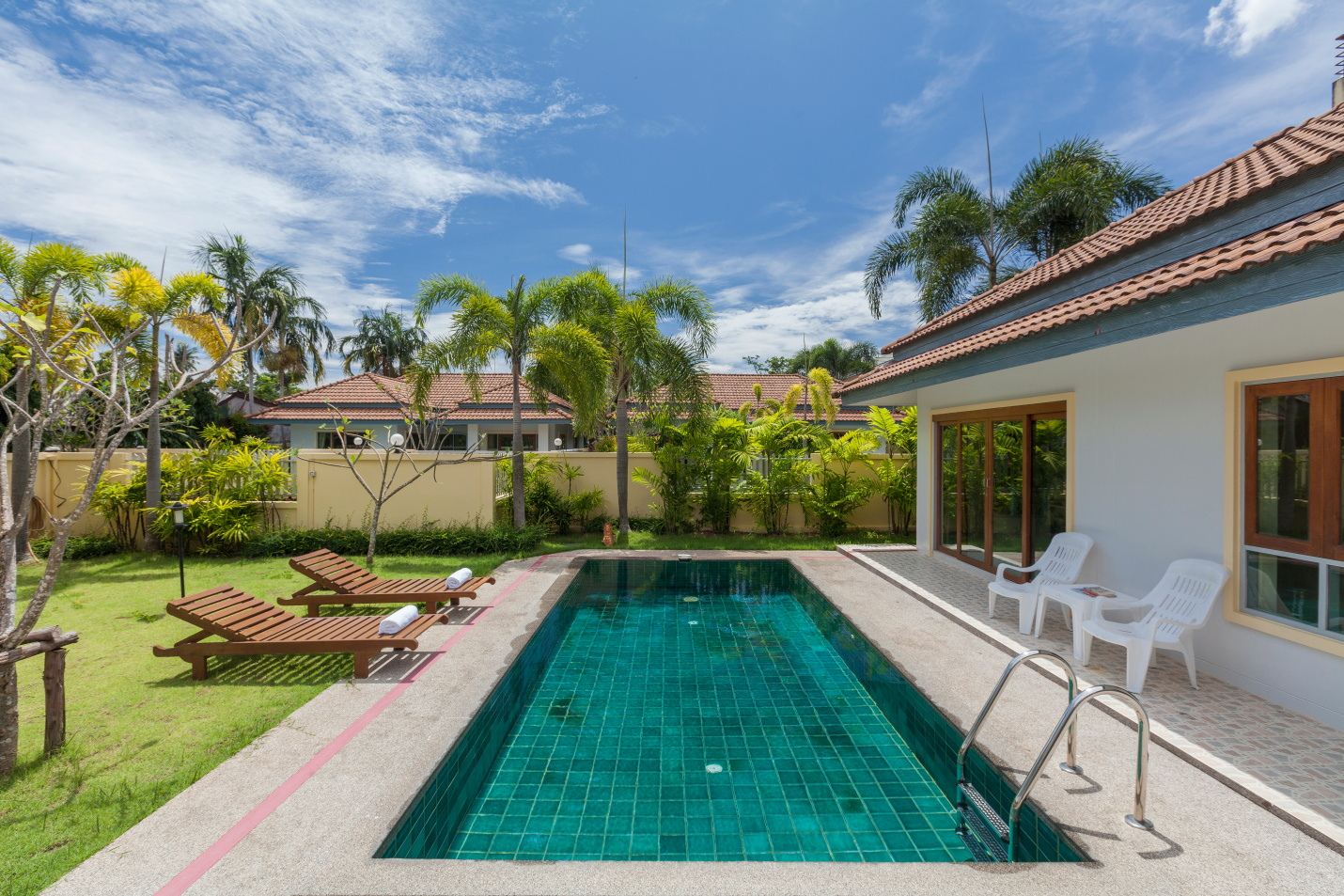 3 bedroom villa phuket